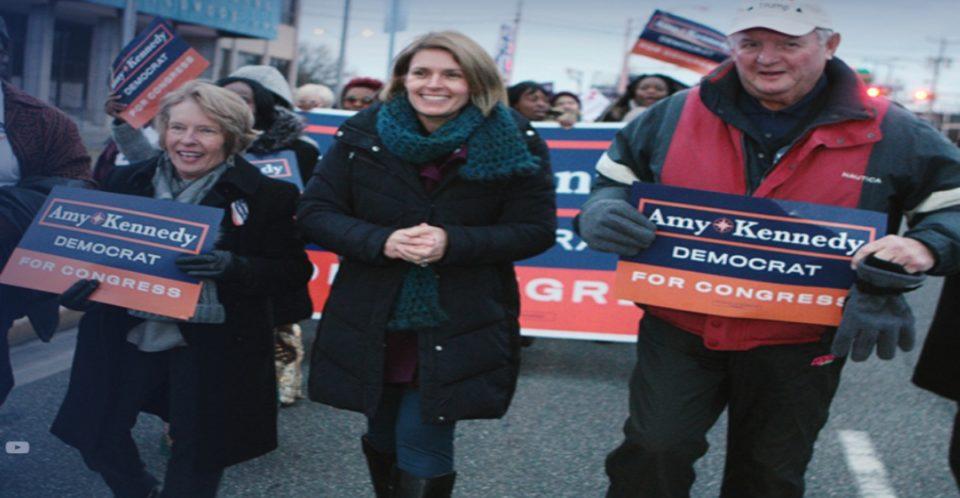 ¿Quién es Amy Kennedy? ganadora demócrata en Nueva Jersey de las primarias.