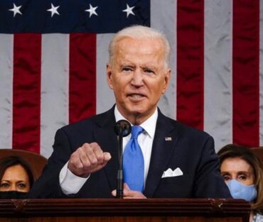 Republicanos solicitan renuncia del presidente Biden por gestión en Afganistán
